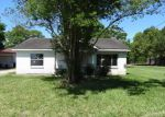 Foreclosed Home in Pasadena 77503 BEVERLY RD - Property ID: 4143693155