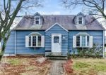 Foreclosed Home in Stratford 06615 ORCHARD ST - Property ID: 4149244485