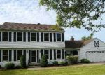 Foreclosed Home in North Haven 06473 ARROWDALE RD - Property ID: 4152444767