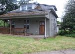 Foreclosed Home in Cottage Grove 97424 S 6TH ST - Property ID: 4154587324