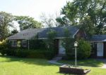 Foreclosed Home in Utica 48317 RYAN RD - Property ID: 4159439646