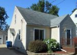 Foreclosed Home in Grand Rapids 49548 HONEOYE ST SW - Property ID: 4159450596