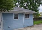 Foreclosed Home in Garden City 48135 ARCOLA ST - Property ID: 4160309907