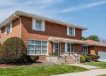 Foreclosed Home in Chicago 60620 W 91ST ST - Property ID: 4195267677