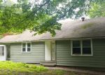 Foreclosed Home in Middlebury 06762 LONG MEADOW RD - Property ID: 4195568107