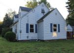 Foreclosed Home in Enfield 06082 MIDDLE RD - Property ID: 4196058200