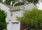 Foreclosed Home in Greenwich 06831 GREENWAY DR - Property ID: 4197956837