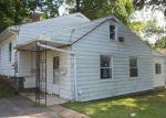 Foreclosed Home in New Haven 06515 ROCK CREEK RD - Property ID: 4209050265