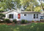 Foreclosed Home in Shepherdsville 40165 CEDAR ST - Property ID: 4209817608