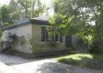Foreclosed Home in Rochester 48307 EMMONS AVE - Property ID: 4217185643