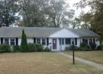 Foreclosed Home in Bridgeport 06606 ELMSFORD RD - Property ID: 4218401907