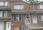 Foreclosed Home in Staten Island 10303 MARINERS LN - Property ID: 4218607750