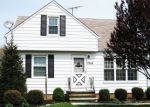 Foreclosed Home in Wickliffe 44092 E 290TH ST - Property ID: 4220055688