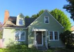 Foreclosed Home in New Britain 06053 GOLDEN HILL ST - Property ID: 4221207556