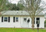 Foreclosed Home in Lincoln 62656 N ADAMS ST - Property ID: 4228946108