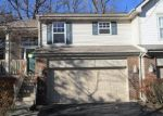 Foreclosed Home in Streamwood 60107 MEREDITH LN - Property ID: 4229477378