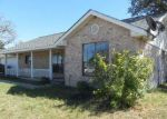 Foreclosed Home in La Vernia 78121 LAKE VALLEY DR - Property ID: 4233030219