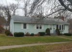 Foreclosed Home in Hamden 06514 WHITE DR - Property ID: 4234001657