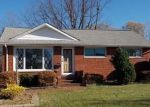 Foreclosed Home in Wickliffe 44092 EMPIRE RD - Property ID: 4234569712