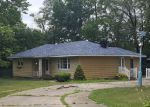 Foreclosed Home in Joliet 60433 DAVISON ST - Property ID: 4237868975