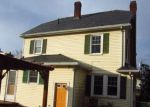 Foreclosed Home in Manchester 06042 OXFORD ST - Property ID: 4240288328