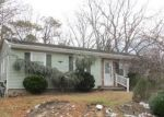 Foreclosed Home in Brick 08723 EVERGREEN DR - Property ID: 4240731560
