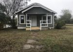 Foreclosed Home in San Antonio 78237 SW 38TH ST - Property ID: 4243063326