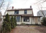 Foreclosed Home in Bridgeport 06610 HUNTINGTON TPKE - Property ID: 4245441533