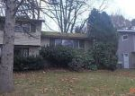 Foreclosed Home in Syracuse 13212 PALMER DR - Property ID: 4246613105