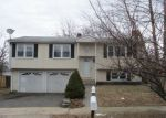 Foreclosed Home in Milford 06460 JOANNE DR - Property ID: 4247917398