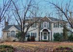 Foreclosed Home in Monroe 06468 WEBB CIR - Property ID: 4248238884