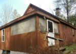 Foreclosed Home in Pittsfield 04967 CANAAN RD - Property ID: 4254095458
