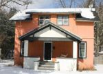 Foreclosed Home in Fenton 48430 2ND ST - Property ID: 4254748479