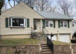 Foreclosed Home in Hamden 06517 GRAFTON RD - Property ID: 4256767992