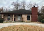 Foreclosed Home in Saint Rose 70087 RIVERVIEW DR - Property ID: 4257008873