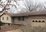 Foreclosed Home in Saint Robert 65584 HUNTER RD - Property ID: 4258369653