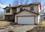 Foreclosed Home in Mount Vernon 62864 BROWNSVILLE RD - Property ID: 4258522503