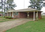 Foreclosed Home in Muscle Shoals 35661 JAMES ST - Property ID: 4258772135
