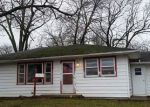 Foreclosed Home in Albion 62806 N 2ND ST - Property ID: 4258836533