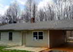 Foreclosed Home in Madison Heights 24572 DIXIE AIRPORT RD - Property ID: 4261759120