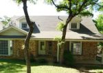 Foreclosed Home in Arlington 76012 N BOWEN RD - Property ID: 4263264893