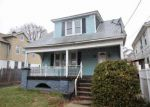 Foreclosed Home in Meriden 06450 BUNKER AVE - Property ID: 4263888561