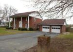 Foreclosed Home in Paintsville 41240 LYONS DR - Property ID: 4263940683