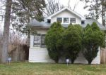Foreclosed Home in Redford 48240 FIVE POINTS ST - Property ID: 4265895800