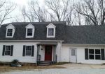 Foreclosed Home in Reeds Spring 65737 TALKING ROCKS RD - Property ID: 4268539851