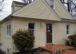 Foreclosed Home in Hewitt 07421 UPPER GREENWOOD LAKE RD - Property ID: 4268641452