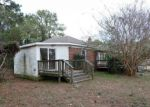 Foreclosed Home in Port Haywood 23138 DUTCHMANS RD - Property ID: 4269239733