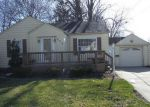 Foreclosed Home in Essexville 48732 MAIN ST - Property ID: 4269656684