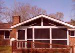 Foreclosed Home in Gloucester 23061 CATLETT RD - Property ID: 4270115677