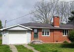 Foreclosed Home in Carmi 62821 COUNTY ROAD 1700 E - Property ID: 4270141967
